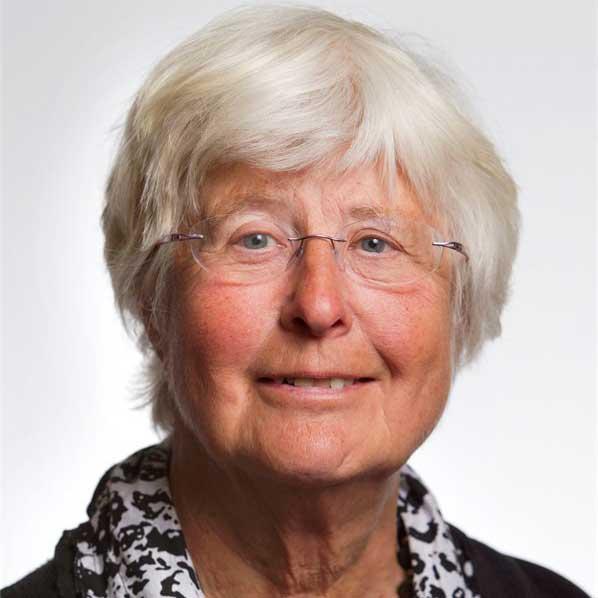 http://eennieuwegeneratieouderenzorg.nl/wp-content/uploads/2015/12/Betty-Meyboom.jpg