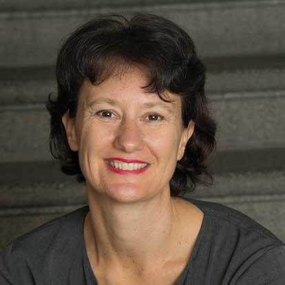 http://eennieuwegeneratieouderenzorg.nl/wp-content/uploads/2015/12/Marieke-van-der-Waal.png