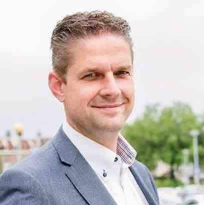 https://eennieuwegeneratieouderenzorg.nl/wp-content/uploads/2017/06/Martijn-Wiesenekker.jpg