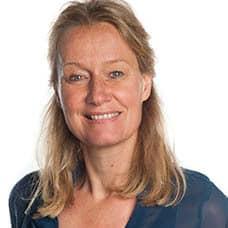 https://eennieuwegeneratieouderenzorg.nl/wp-content/uploads/2018/03/YvonneKerkhof.jpg